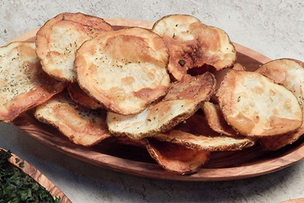 Garlic Rosemary Baked Potato Chips