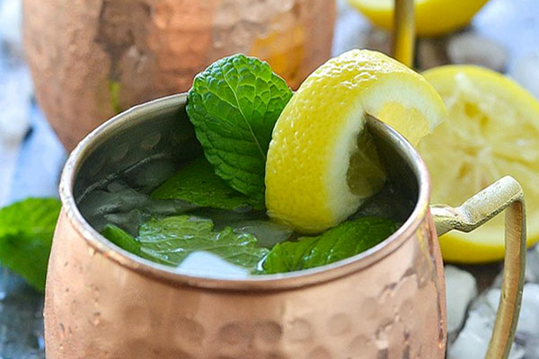 Honey Ginger Lemonade Mule