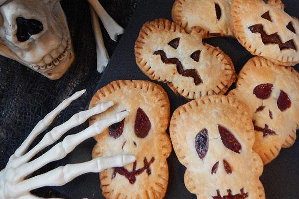 Spooky Pop Tarts