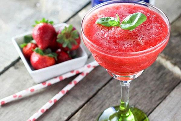 Strawberry Peppercorn Twist